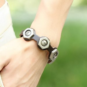 Fashion Screw Design Brown Leather Bracelet2